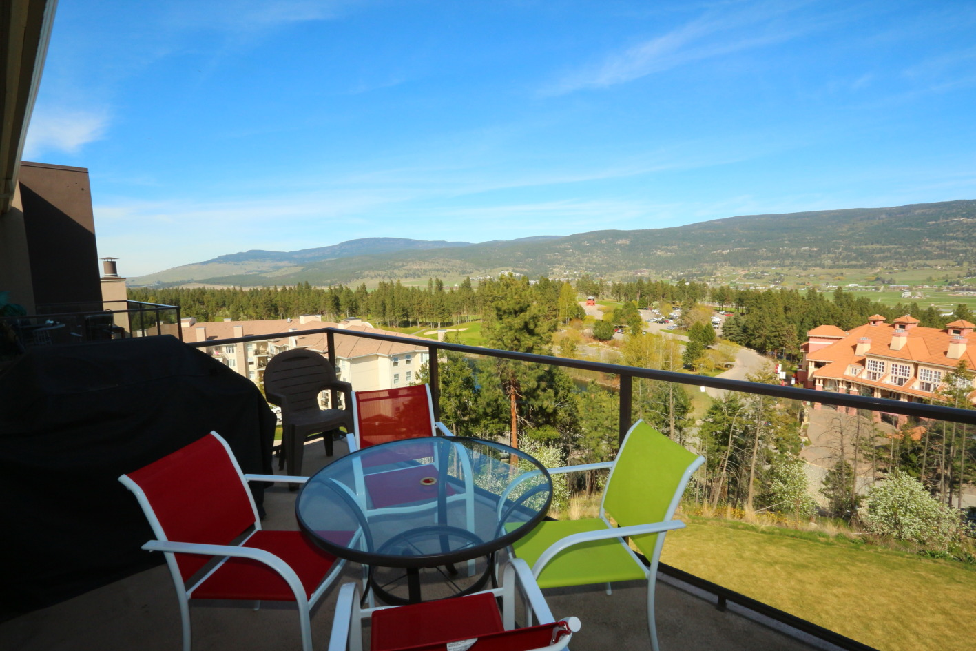 #1616 – Kelowna 2 Bedroom Penthouse Furnished ...